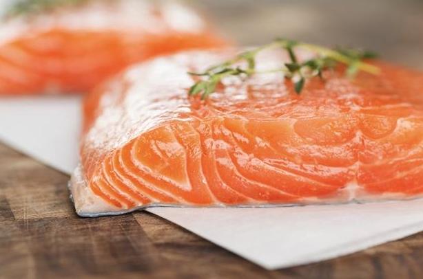 amazon fresh farm raised salmon